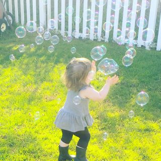 playing-with-bubbles